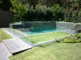 Backyard Pool Fence Ideas Best 25 Glass Pool Fencing Ideas On Pinterest Pool Fence Pool