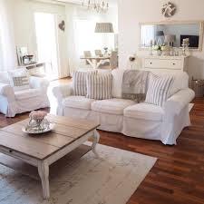 Wohnzimmer Dekoration Mint Landhaus Wandfarbe Unruffled Auf Moderne Deko Ideen Zusammen Mit