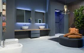 badezimmer licht badezimmerspiegel mit beleuchtung fürs bad ohne fenster