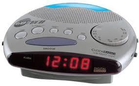 clock radio with night light amazon com go tech gta 1900lt alarm clock radio with night light
