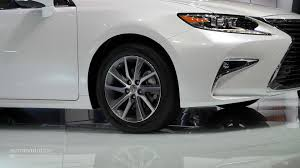 lexus es white 2016 lexus es facelift is full of self esteem at auto shanghai