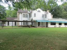 elvis graceland and me so does that mean i u0027m southern