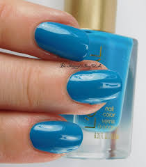 l u0027oreal bohemian beauty nail polishes swatches review be happy
