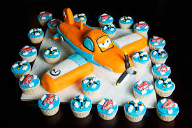 planes cake planes cake and cupcakes by kayleymackay on deviantart