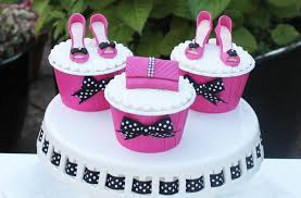 shoes and handbag cake decorations goodtoknow