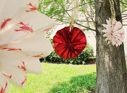 crawfish decorations party ideas by mardi gras outlet diy decorations crawfish paper fans