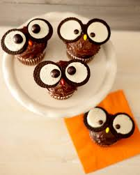 a hoot of a cupcake owl oreo and decorating