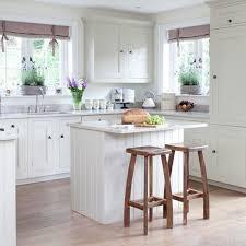 petit ilot central de cuisine cuisine avec petit ilot cuisine ilot central bar pinacotech