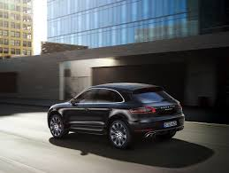 porsche macan and cayenne la auto 2014 porsche macan s and turbo baby cayenne the