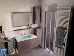 zuhause im glück badezimmer hausdekorationen und modernen möbeln geräumiges kühles zuhause