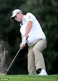 Siege Caddie B Caddywhack Golfers Bagmen Brawling At The Australian Open