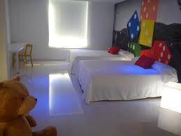 chambre jouet hôtel jouet el laurel espagne hotel juguete alicante voyage