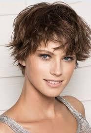 Frisuren Lange Haare Volumenwelle by Wirbel Und Locken Bild Der Frau