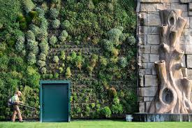 Vertical Garden Pot - inspiring and innovative designs and ideas for vertical garden