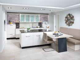 tisch küche küche mit kochinsel und tisch