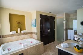 Home Decor Midland Tx by View Hotels With Jacuzzi In Room In Louisville Ky Inspirational