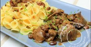 cuisiner foie de volaille foies de volaille aux raisins secs recette par ladymilonguera