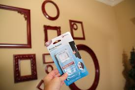 how to hang photo frames on wall without nails empty frames wall decor holes tip junkie homes alternative 3319