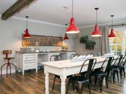 Fixer Upper Show House For Sale Hgtv U0027s Fixer Upper With Chip And Joanna Gaines Hgtv