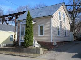 27 pierce st dover nh 03820 mls 4414050 coldwell banker