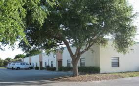 commercial office and warehouse for rent in clearwater fl