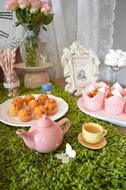 Alice In Wonderland Decoration Ideas Chá De Bebê Da Alice Alice Birthday Party Ideas And Birthdays