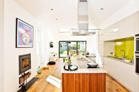 cuisine en longueur am駭agement design interieur comment amenager cuisine longueur maison aire