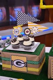 classy football banquet centerpiece party decor ideas