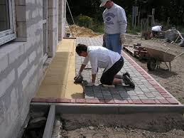 How To Lay Patio Bricks Remarkable Ideas Laying Patio Pavers How To Lay Patio Blocks