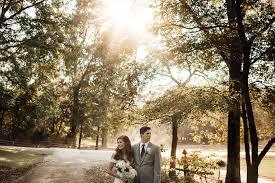 southern wedding at cedar hill farms in hernando ms mr u0026 mrs