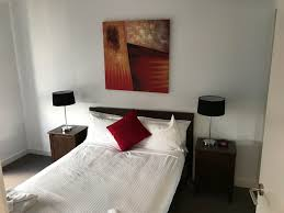 3 bedroom apartment adelaide 1 2 3 bedroom serviced apartments in adelaide rnr adelaide