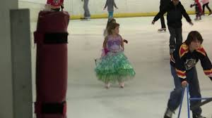 figure skating halloween costumes 2010 halloween costume competition glacier ice rink youtube