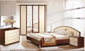 tapis chambre couvre lit floral blanc uni tapis gris de sol crème ensemble