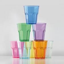 bicchieri in polipropilene minuteria in plastica polietilene e policarbonato