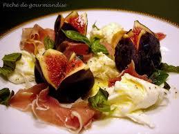 cuisiner figues fraiches salade au jambon cru et figues fraîches vinaigrette miel et