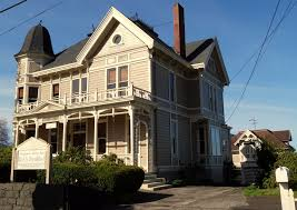 bed and breakfast oregon file young benjamin house carriage house astoria oregon jpg