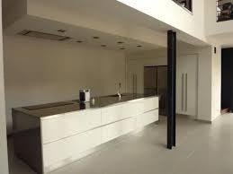 cuisine sans meuble haut meuble cuisine sans poignee poignace meuble haut cuisine sans