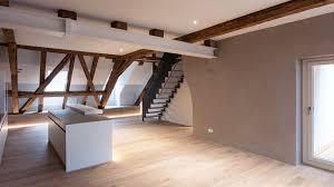 parkett küche wangentreppe küche weiss dachwohnung parkett eiche
