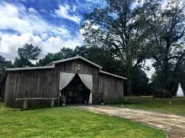wedding venues in mississippi hideaway at reeds estate mississippi rustic wedding venues