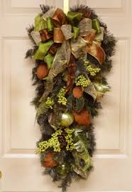 green and brown ornament door swag cr4582 ornament