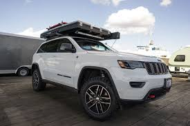 expedition jeep grand turning a 2017 jeep grand trailhawk into the