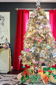 12 Stunning Christmas Tree Theme Ideas  Decorating Your Small Space