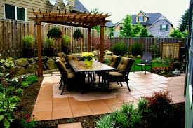 Garden Ideas Front House Small Corner Lot Landscaping Ideas Redaktif Livingroom Design