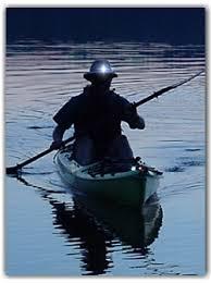 kayak lights for night paddling topkayaker net kayak lights for dawn dusk night paddling