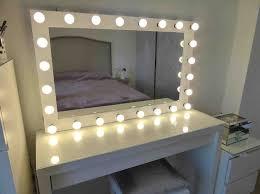 Mirror With Light The 25 Best Mirror With Light Bulbs Ideas On Pinterest