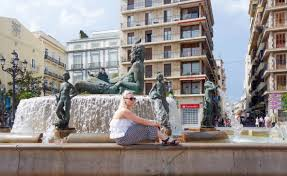 valencia nightlife guide 24 hours in valencia postcards from annie