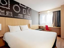 hotel hauser an der universitaet mníchov recenzie a porovnanie hotel ibis warszawa centrum
