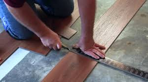 how to install the click pvc floor