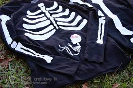 Halloween Pregnant Shirt Our Last Minute Costumes Pregnant Skeleton And Matching