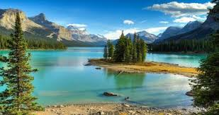 25 best places to visit in canada